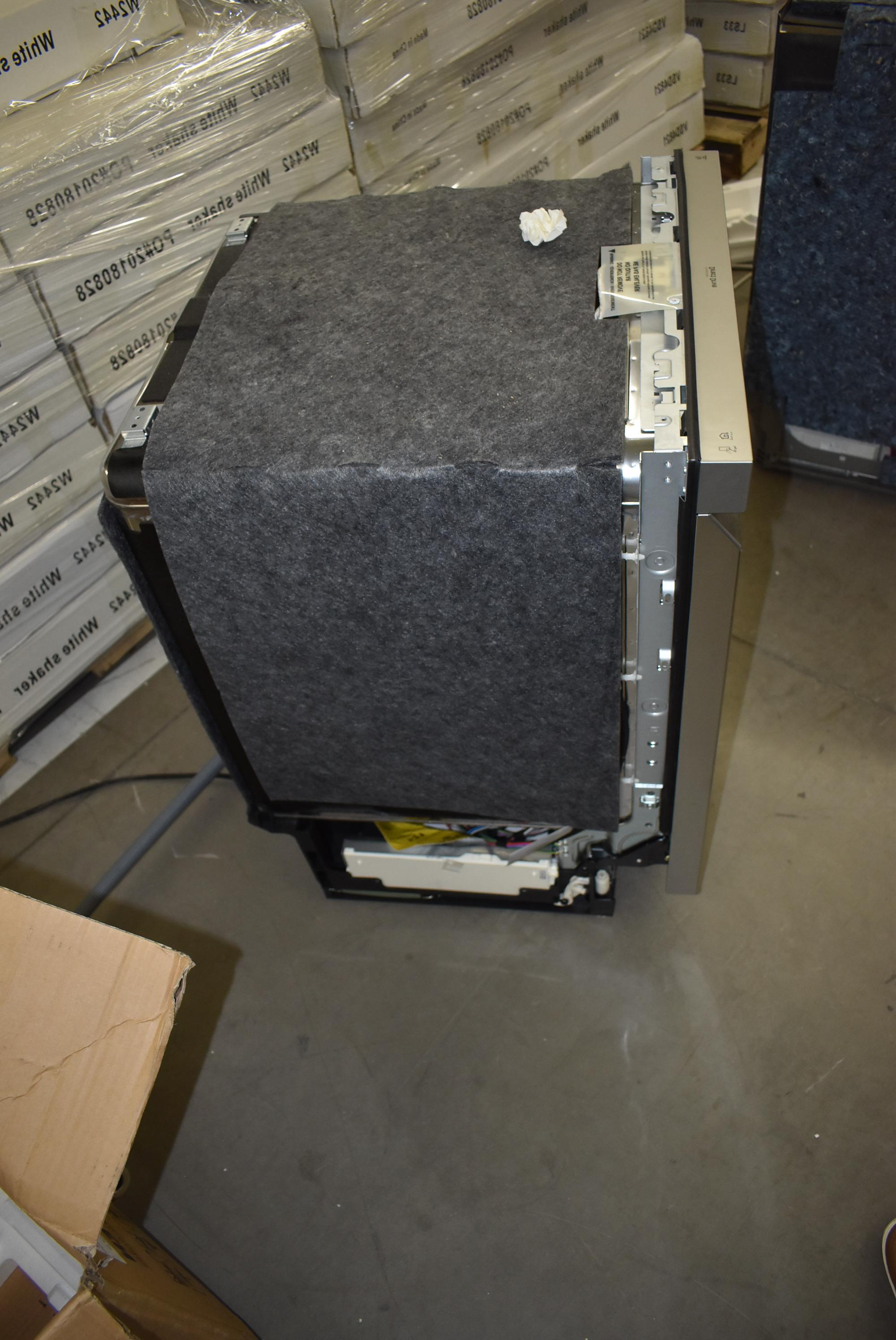 LG Stainless Full Console #37930 HRT